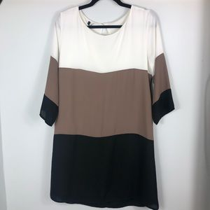Lulus colorblock dress D26